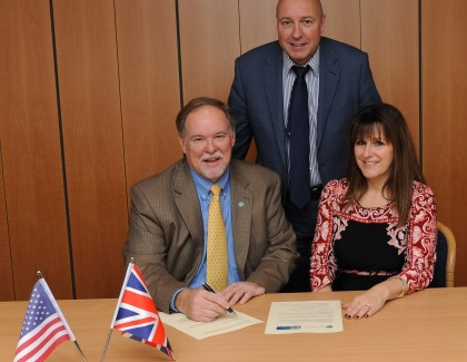 Trade association agreement marks a worldwide first