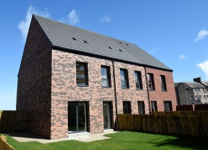 Phase one of Edinburgh Council's Pennywell development featuring Russell Roof Tiles (2)