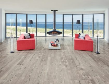 Karndean Designflooring introduces new LooseLay Longboard for extra impact