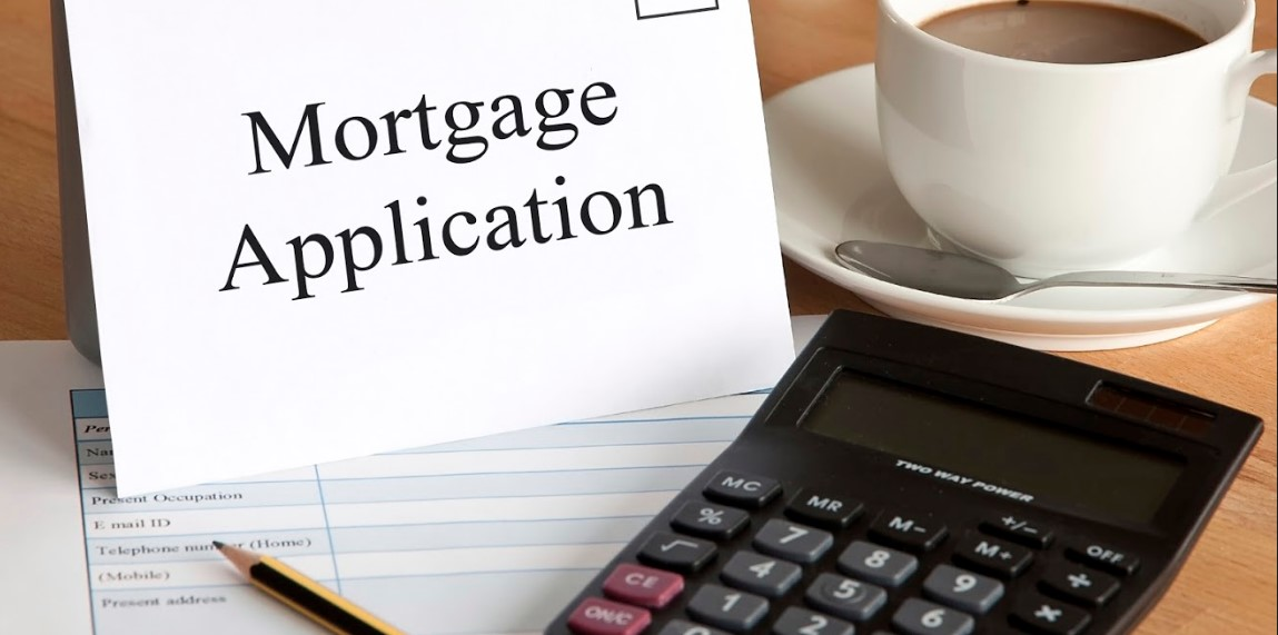 The decline and rise of mortgages