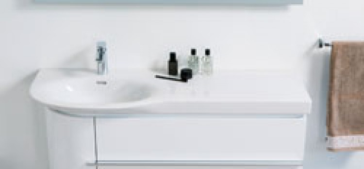 Horizontal dishwashers with single drawer